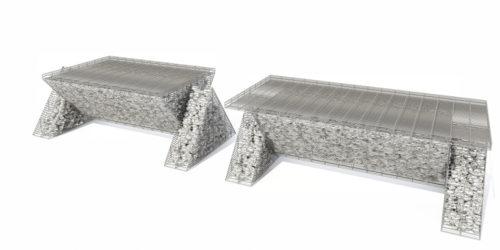dwie ławki z gabionów